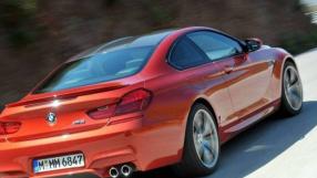 BMW consegue trancar ladrão dentro do carro