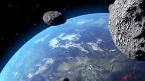 Asteroide passa 'raspando' a Terra