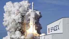 SpaceX faz lançamento do Falcon Heavy