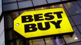 Funcionários da Best Buy compram video-game para garoto que ia jogar na loja todos os dias