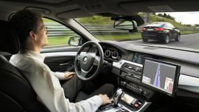 Reassumir o controle de um carro autônomo pode causar acidentes, diz estudo
