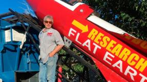 """Homem constrói foguete para """"provar"""" que a Terra é plana"""