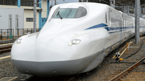 Japão apresenta novo trem-bala