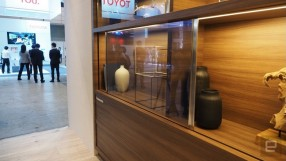 Panasonic apresenta protótipo de TV invisível
