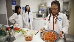 NASA faz testes com estufas para criar comida em Marte