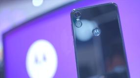 Motorola One chega ao Brasil por R$ 1.499