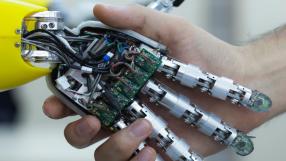 Robôs vão fazer todos os empregos do mundo até 2142