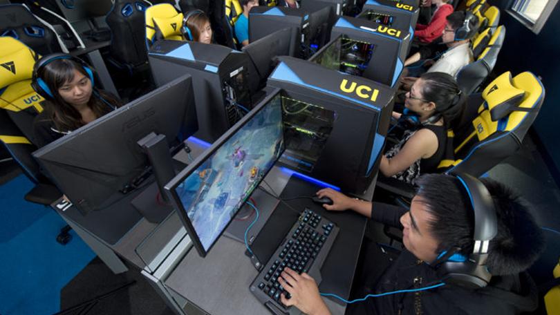 League of Legends: 5 atitudes que podem resultar em banimento de conta